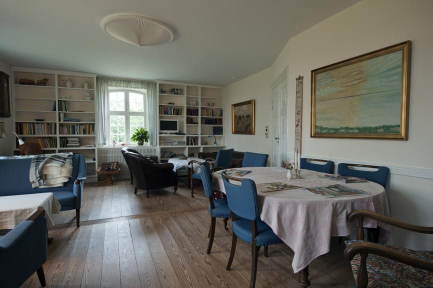Den blå stue, indbyder til hygge